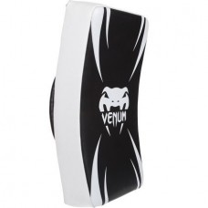 VENUM ABSOLUTE LONG KICK SHIELD